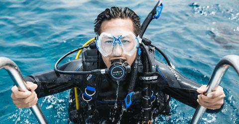 PADI Dive Instructor Course diving internship