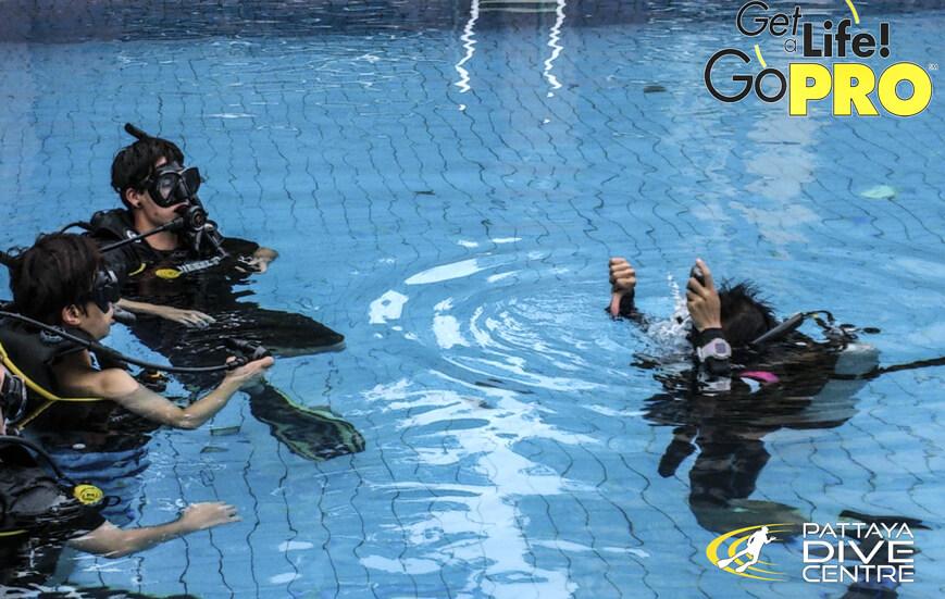 PADI Dive Instructor Training-Staff IDCS Pattaya Thailand